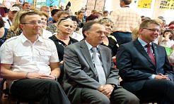 Księżna wręczyła im klucze do szkoły - Serwis informacyjny z Wodzisławia Śląskiego - naszwodzislaw.com