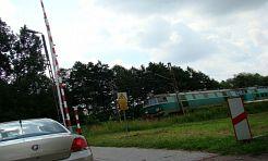Jedzie pociąg, szlaban w górze - Serwis informacyjny z Wodzisławia Śląskiego - naszwodzislaw.com