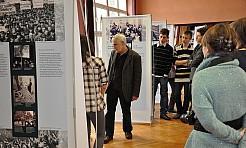 Wystawa Anne Frank - Serwis informacyjny z Wodzisławia Śląskiego - naszwodzislaw.com