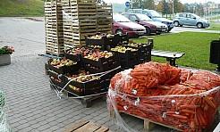 Otrzymali produkty od polskich sadowników - Serwis informacyjny z Wodzisławia Śląskiego - naszwodzislaw.com