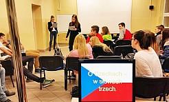 Raciborscy studenci przeprowadzili warsztaty języka czeskiego w liceum w Rydułtowach i Wodzisławiu Śląskim - Serwis informacyjny z Wodzisławia Śląskiego - naszwodzislaw.com