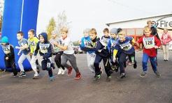 Ponad setka dzieci wystartowała w Gminnym Biegu Ulicznym w Mszanie - Serwis informacyjny z Wodzisławia Śląskiego - naszwodzislaw.com