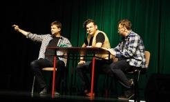 Kabaret Smile na scenie Rydułtowskiego Centrum Kultury  - Serwis informacyjny z Wodzisławia Śląskiego - naszwodzislaw.com