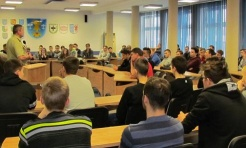 Zawodowa armia także dla uczniów ZST - Serwis informacyjny z Wodzisławia Śląskiego - naszwodzislaw.com
