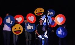 Jak odnaleźć się w cyberrzeczywistości? Teatr Szydło o nowych technologiach na scenie WCK - Serwis informacyjny z Wodzisławia Śląskiego - naszwodzislaw.com