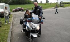 Policjanci na pikniku militarnym - Serwis informacyjny z Wodzisławia Śląskiego - naszwodzislaw.com