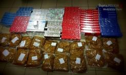 Rydułtowy: policjanci zabezpieczyli prawie 19 tysięcy nielegalnych papierosów!  - Serwis informacyjny z Wodzisławia Śląskiego - naszwodzislaw.com