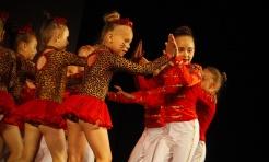 Wodzisław: Miraż świętuje 25-lecie. 120 tancerzy na scenie WCK - Serwis informacyjny z Wodzisławia Śląskiego - naszwodzislaw.com