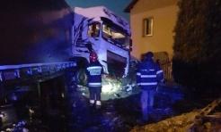 Rydułtowy: Samochód ciężarowy wypadł z drogi i uderzył w budynek  - Serwis informacyjny z Wodzisławia Śląskiego - naszwodzislaw.com