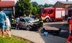Wypadek w Połomi. Kobieta nie zastosowała się do znaku STOP  - Serwis informacyjny z Wodzisławia Śląskiego - naszwodzislaw.com