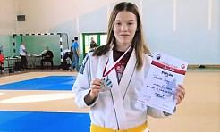 Zawodniczka Octagon Team Junior z medalem Pucharu Polski w ju-jitsu - Serwis informacyjny z Wodzisławia Śląskiego - naszwodzislaw.com