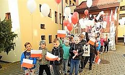 Szkoła Podstawowa w Połomi świętowała stulecie odzyskania niepodległości konkursami i marszem - Serwis informacyjny z Wodzisławia Śląskiego - naszwodzislaw.com