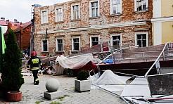 Runęło rusztowanie na budynku Muzeum - Serwis informacyjny z Wodzisławia Śląskiego - naszwodzislaw.com