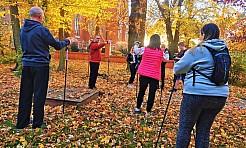 Warsztaty Nordic Walking w ramach projektu Oaza aktywności - Serwis informacyjny z Wodzisławia Śląskiego - naszwodzislaw.com