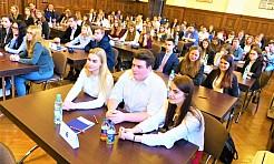 Z ZUS możesz wygrać indeks na uniwersytet - Serwis informacyjny z Wodzisławia Śląskiego - naszwodzislaw.com