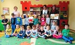 Kampania Cała Polska czyta dzieciom w przedszkolu numer 16 - Serwis informacyjny z Wodzisławia Śląskiego - naszwodzislaw.com