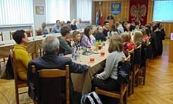 Uczniowie z Gołkowic z wizytą w godowskim Urzędzie Gminy - Serwis informacyjny z Wodzisławia Śląskiego - naszwodzislaw.com