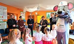 Senator Ewa Gawęda odwiedziła przedszkolaków z Pszowa - Serwis informacyjny z Wodzisławia Śląskiego - naszwodzislaw.com