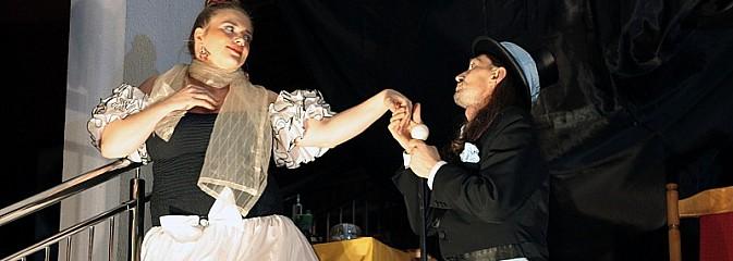 To była magiczna noc! Teatr na kilka godzin zawładnął Wodzisławiem  - Serwis informacyjny z Wodzisławia Śląskiego - naszwodzislaw.com