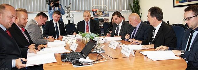 Umowa została podpisana. Teraz czas na realizacje przedsięwzięcia - Serwis informacyjny z Wodzisławia Śląskiego - naszwodzislaw.com