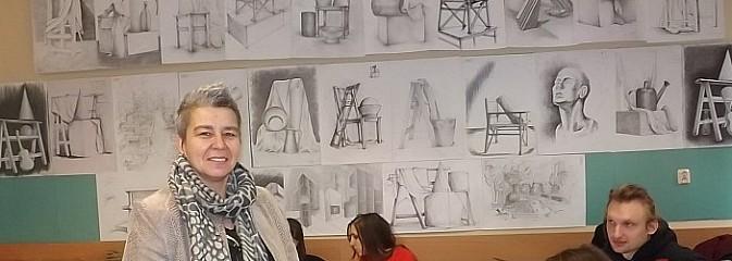 Kurs rysunku odręcznego szansą dla przyszłych studentów architektury - Serwis informacyjny z Wodzisławia Śląskiego - naszwodzislaw.com