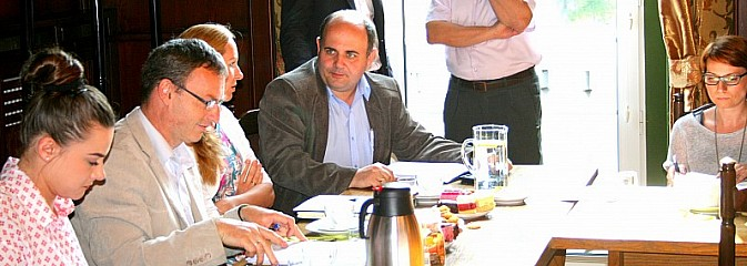 Zespół ekspertów ds. ograniczenia niskiej emisji przyjechał do Rydułtów - Serwis informacyjny z Wodzisławia Śląskiego - naszwodzislaw.com