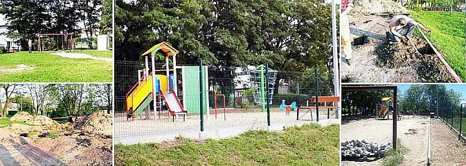 Mieszkańcy w Rydułtowach sami odnowili plac zabaw dla dzieci - Serwis informacyjny z Wodzisławia Śląskiego - naszwodzislaw.com