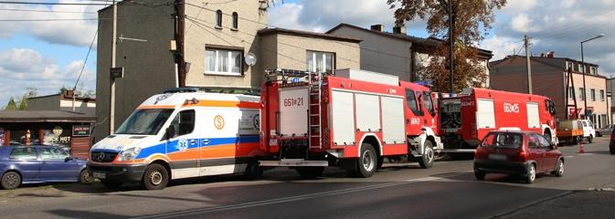 Pożar w Rydułtowach. Paliły się stare ubrania w jednym z mieszkań przy Raciborskiej - Serwis informacyjny z Wodzisławia Śląskiego - naszwodzislaw.com