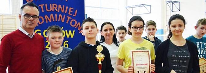 Godów: Rozegrali Gminny Turniej Badmintona  - Serwis informacyjny z Wodzisławia Śląskiego - naszwodzislaw.com