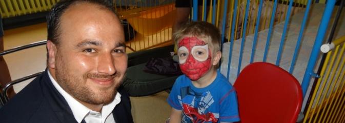 Z własnej inicjatywy obdarowali dzieci przebywające w rydułtowskim szpitalu  - Serwis informacyjny z Wodzisławia Śląskiego - naszwodzislaw.com