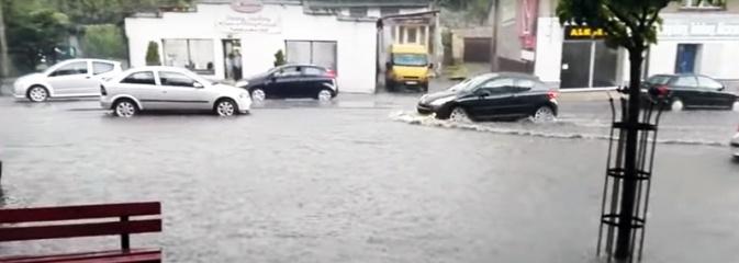 Gwałtowna ulewa przeszła nad regionem. Rydułtowy zalane  - Serwis informacyjny z Wodzisławia Śląskiego - naszwodzislaw.com