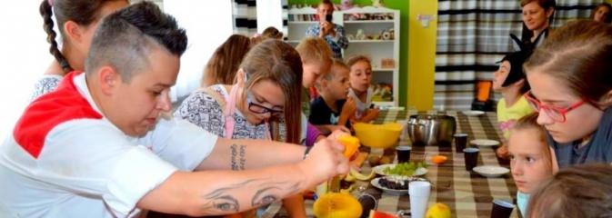 Uczestniczka Hell's Kitchen gotowała w Miejskim  Ośrodku Kultury w Radlinie - Serwis informacyjny z Wodzisławia Śląskiego - naszwodzislaw.com