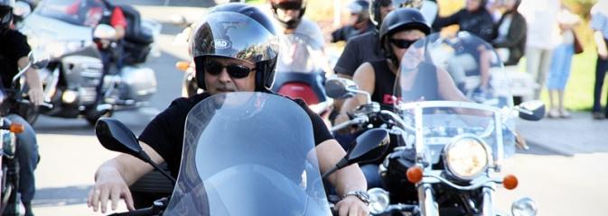 Parada motocykli przejechała ulicami Pszowa, Wodzisławia Śląskiego i Rydułtów - Serwis informacyjny z Wodzisławia Śląskiego - naszwodzislaw.com