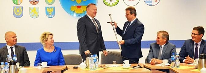 Miecz od... przyjaciół z Tczewa  - Serwis informacyjny z Wodzisławia Śląskiego - naszwodzislaw.com