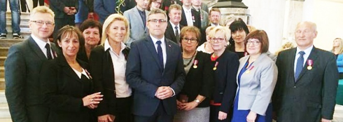 Mszańscy urzędnicy z wójtem na czele nagrodzeni za długoletnią służbę  - Serwis informacyjny z Wodzisławia Śląskiego - naszwodzislaw.com