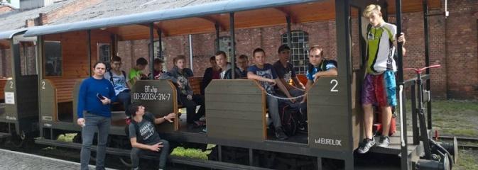 Młodzież z Radlina poznawała atrakcje regionu  - Serwis informacyjny z Wodzisławia Śląskiego - naszwodzislaw.com