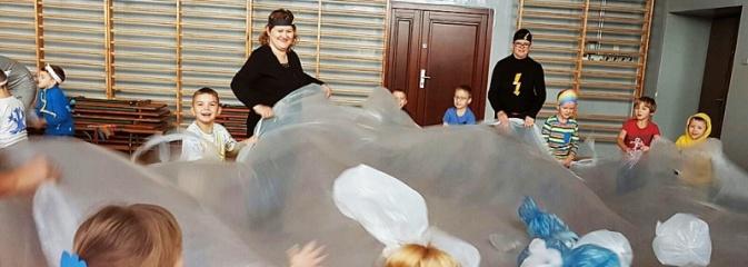 Dzień zjawisk atmosferycznych w Publicznym Przedszkolu nr 4 - Serwis informacyjny z Wodzisławia Śląskiego - naszwodzislaw.com