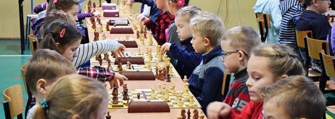 Świąteczny turniej szachowy dla dzieci w Rydułtowach - Serwis informacyjny z Wodzisławia Śląskiego - naszwodzislaw.com