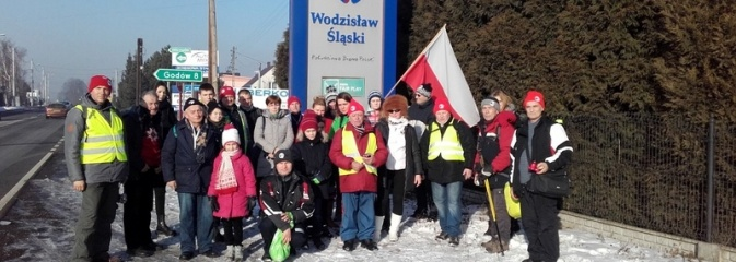 Po raz szósty przez Mszanę przeszedł Rajd Pamięci - dołączyła do niego młodzież - Serwis informacyjny z Wodzisławia Śląskiego - naszwodzislaw.com