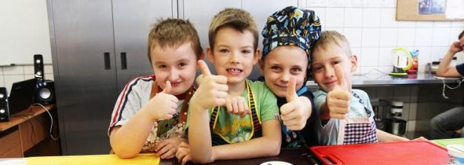 ZSP numer 2 w Rydułtowach: przygotowywali smakołyki - Serwis informacyjny z Wodzisławia Śląskiego - naszwodzislaw.com