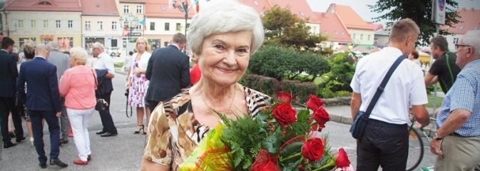Musisz żyć dla innych, jeśli chcesz żyć z pożytkiem dla siebie. Wiesława Kiermaszek-Lamla laureatką Złotego Wawrzyna  - Serwis informacyjny z Wodzisławia Śląskiego - naszwodzislaw.com