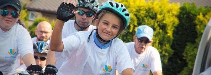 Około 600 rowerzystów na drogach naszego powiatu. Wystartował kolejny rajd  - Serwis informacyjny z Wodzisławia Śląskiego - naszwodzislaw.com