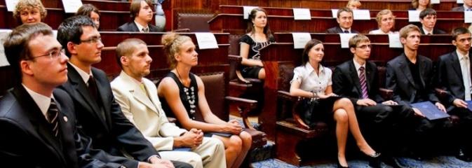 Pozostało kilka dni na zgłoszenie kandydatów do Młodzieżowego Sejmiku Województwa Śląskiego - Serwis informacyjny z Wodzisławia Śląskiego - naszwodzislaw.com