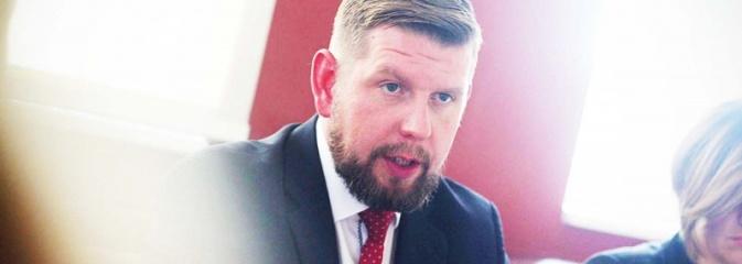 Wodzisław: Doradca ds. oświaty i asystent do zwolnienia? Prezydent Duda podpisał nowelizacje ustawy  - Serwis informacyjny z Wodzisławia Śląskiego - naszwodzislaw.com
