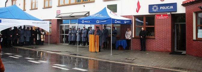 Mieszkańcy mogą czuć się bezpieczniej. W Gołkowicach otwarto komisariat policji  - Serwis informacyjny z Wodzisławia Śląskiego - naszwodzislaw.com