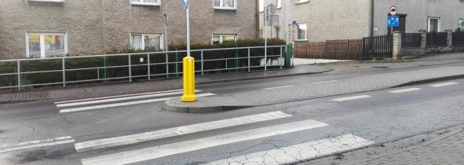 Coś tutaj poszło nie tak. W Rydułtowach powstało dziwne przejście dla pieszych  - Serwis informacyjny z Wodzisławia Śląskiego - naszwodzislaw.com