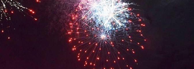 Rydułtowy: Pokaz fajerwerków na przywitanie Nowego Roku  - Serwis informacyjny z Wodzisławia Śląskiego - naszwodzislaw.com