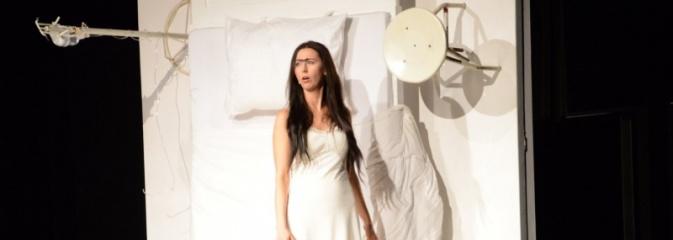 Historia Fridy Kahlo przeniesiona na deski rydułtowskiego teatru - Serwis informacyjny z Wodzisławia Śląskiego - naszwodzislaw.com