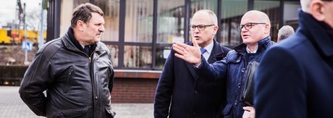 Raciborski PKS zaprezentował kolejny autobus zasilany gazem - Serwis informacyjny z Wodzisławia Śląskiego - naszwodzislaw.com