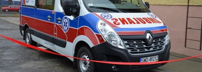 Nowy ambulans i zmodernizowana poradnia urologiczna w szpitalu  - Serwis informacyjny z Wodzisławia Śląskiego - naszwodzislaw.com